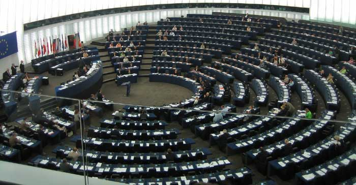 Communication potential within European Parliament hemicycle?